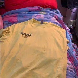 A tee shirt